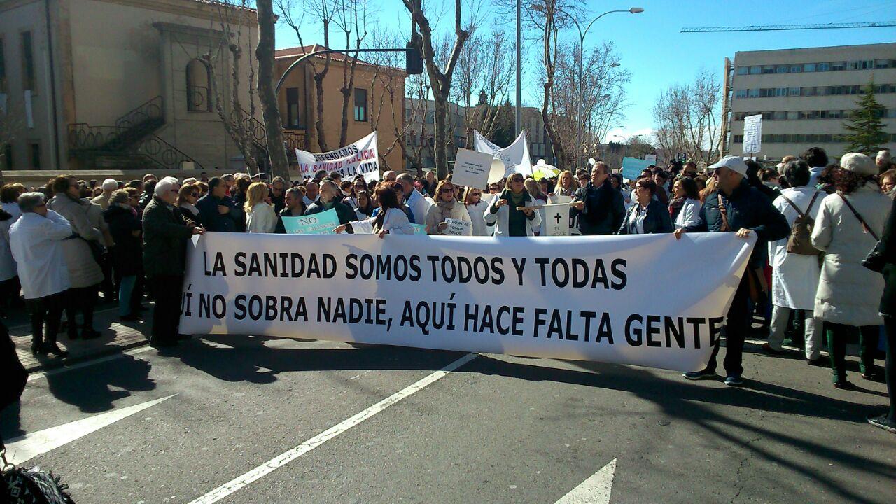 Éxito de la primera marea blanca en Salamanca